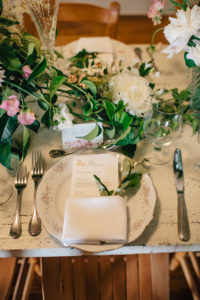 wedding tablescape, table setting, simply brilliant events