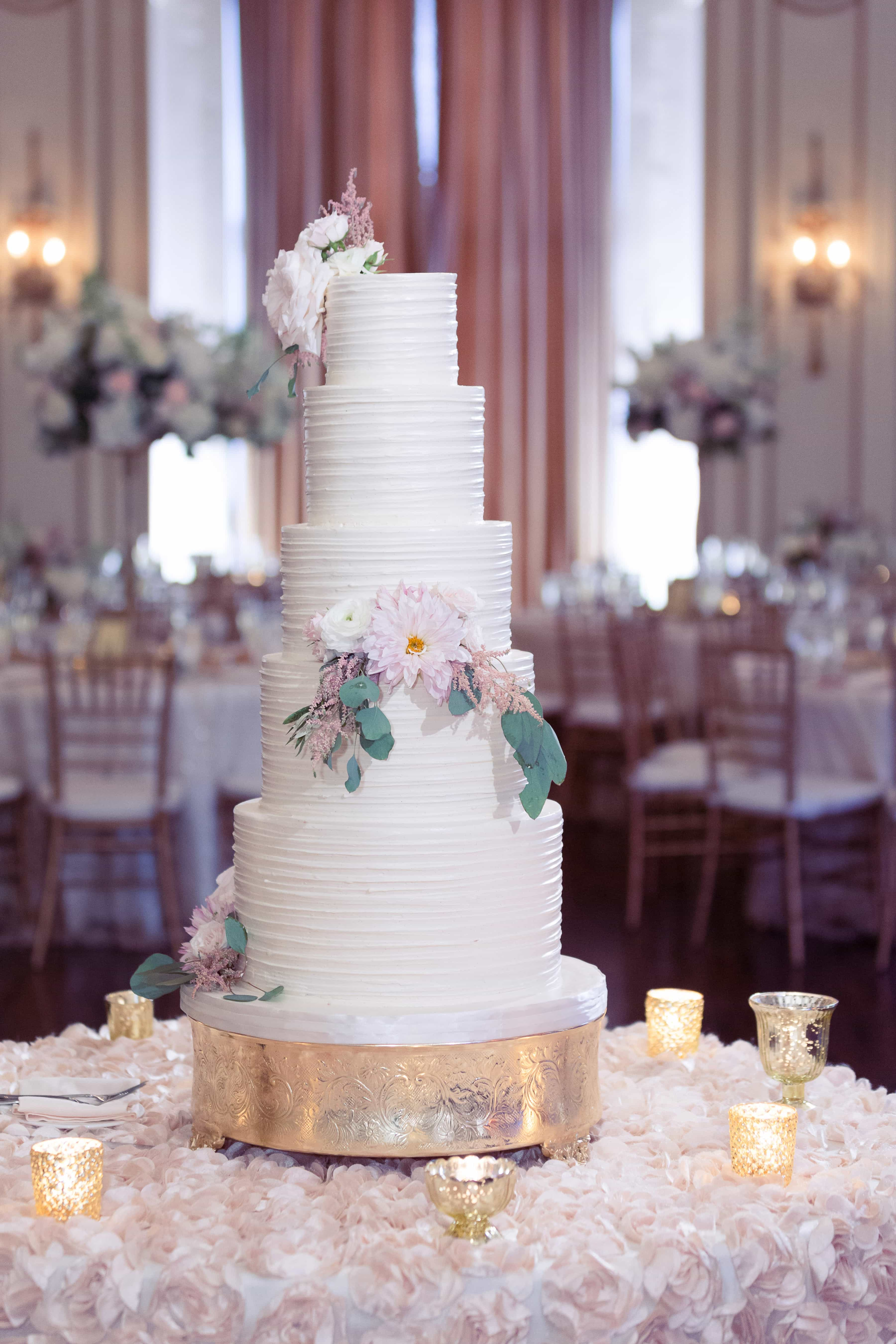 sweet heather anne, tiered wedding cake, simply brilliant events