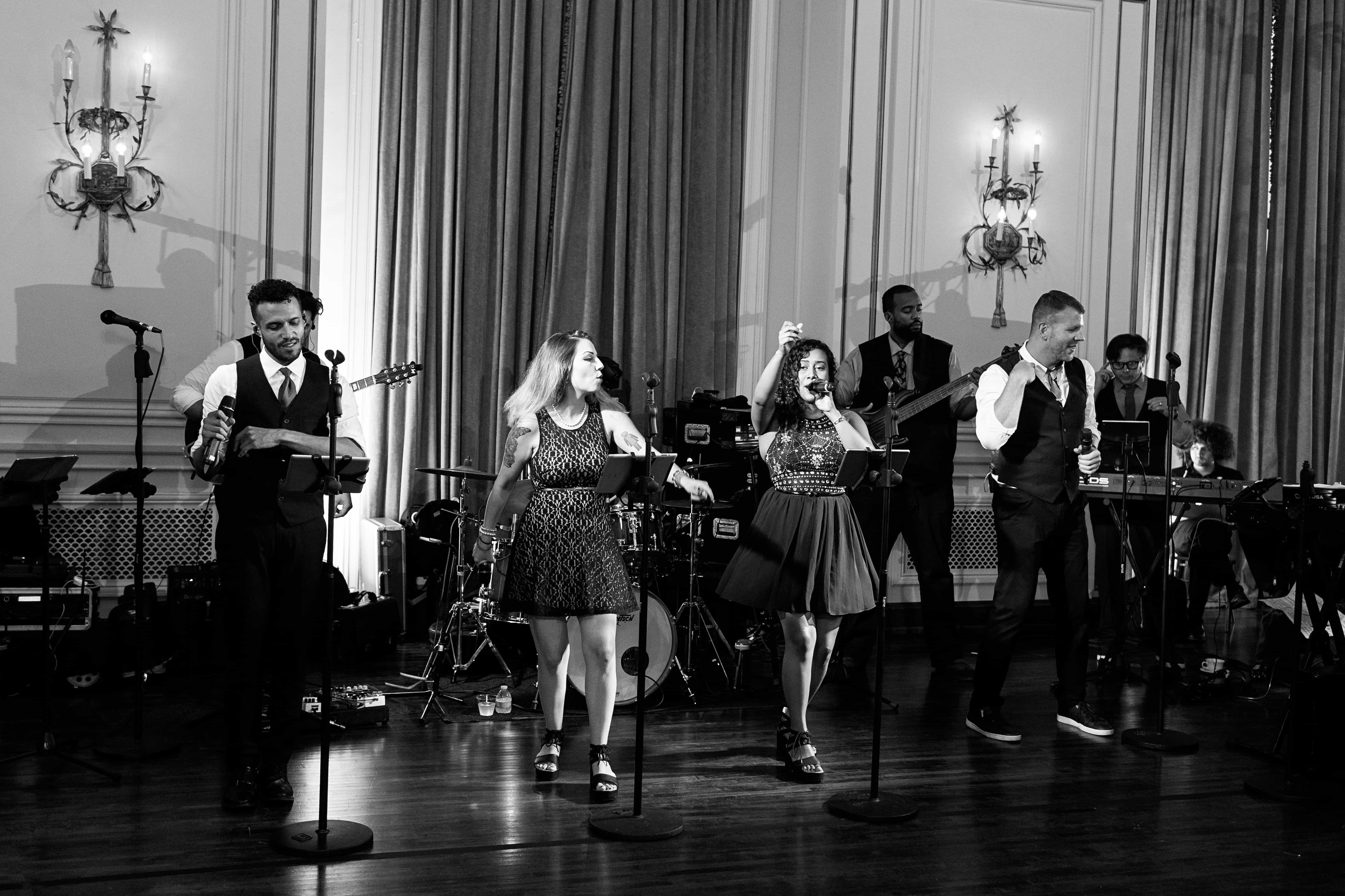 dan rafferty band, wedding band, simply brilliant events