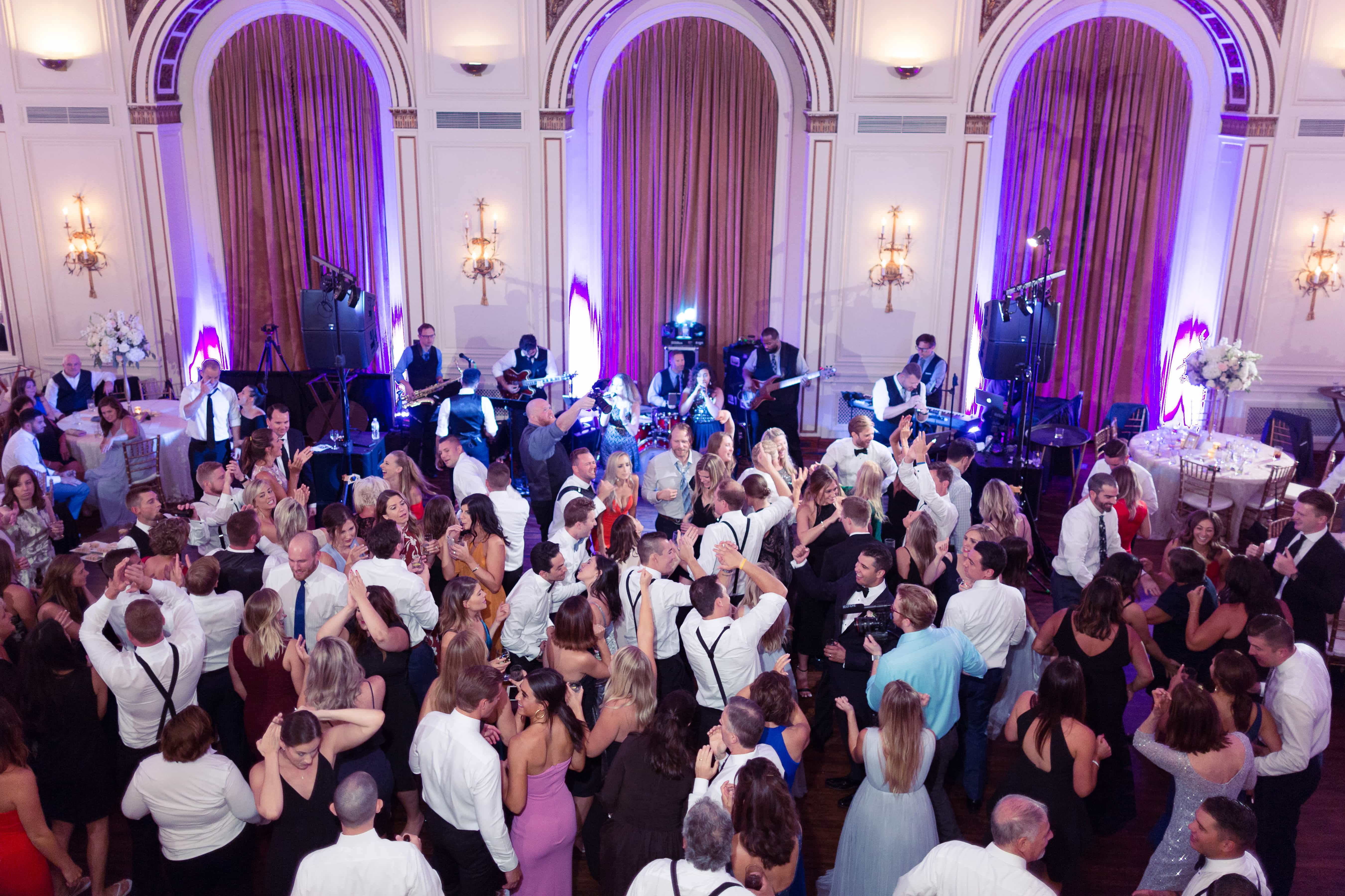wedding grooves, colony club