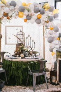 balloon wedding decor, balloon arch, wedding trends 2019, simply brilliant events