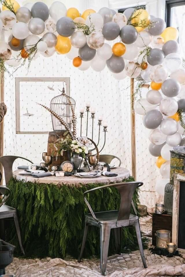 balloon wedding decor, balloon arch, wedding trends 2019, simply brilliant events